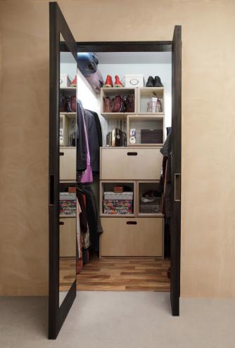 Shou Sugi Ban Walk-in Wardrobe